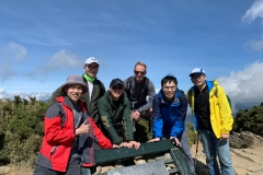 Dr-Wieser-and-fellows-at-Hehuan-summit